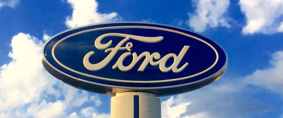 UPDATE 1-Ford to build more Lincolns for Chinese market locally -CFO