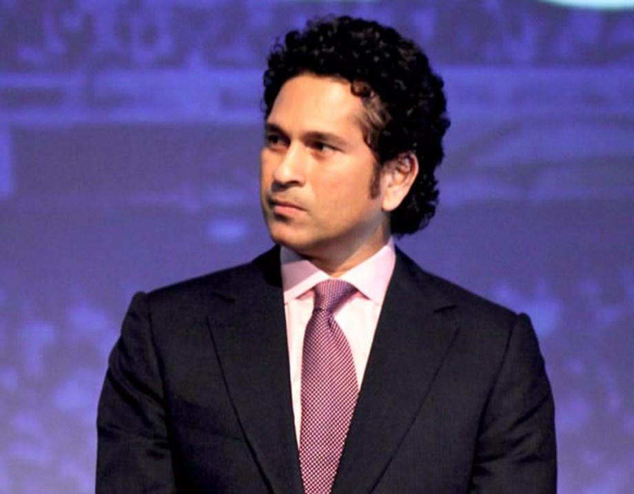 Tendulkar leads Indian cricket fraternity in mourning death of Abdul Qadir