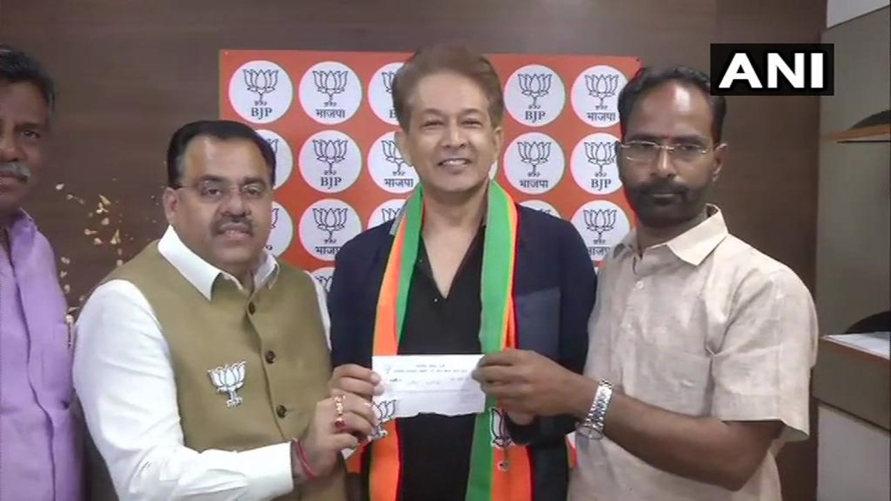 Top hair-stylist Jawed Habib joins BJP in New Delhi