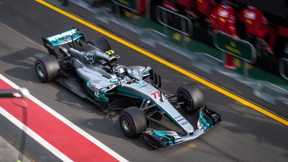 UPDATE 1-Motor racing-Bottas pips Hamilton to British GP pole