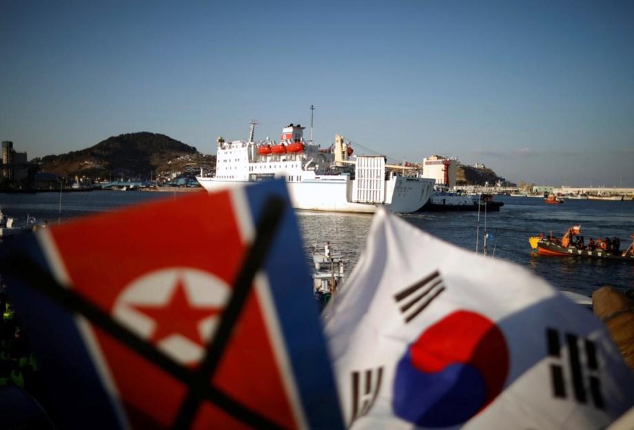INSIGHT-Growing split in Seoul over N.Korea threatens Korea detente, nuclear talks