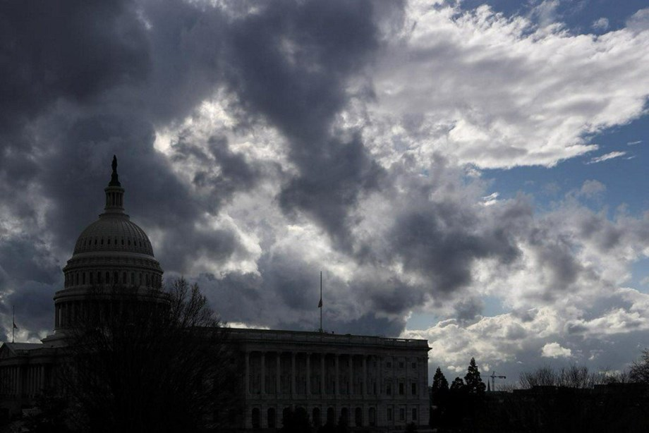 UPDATE 2-U.S. government shutdown breaks record, with no end in sight