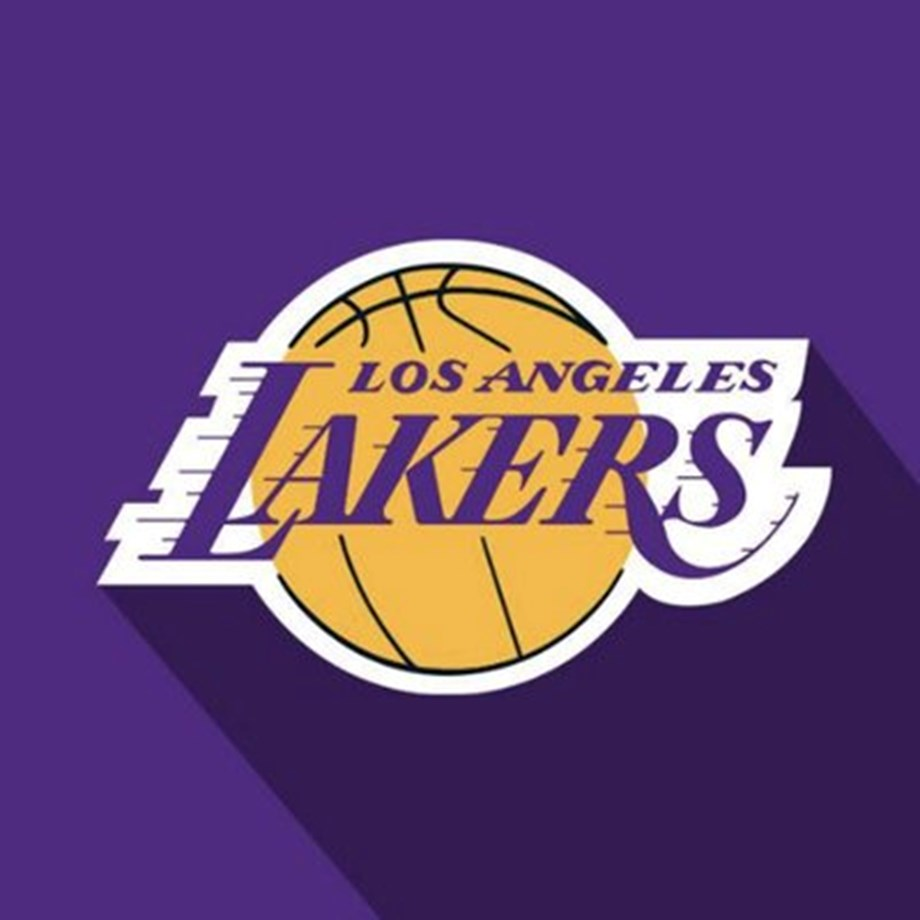 Lakers F Davis sprains thumb
