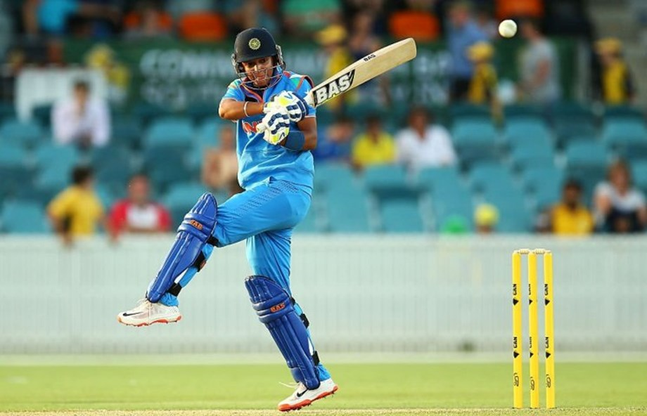 India's T20I skipper Harmanpreet extends association with Sydney Thunder for WBBL