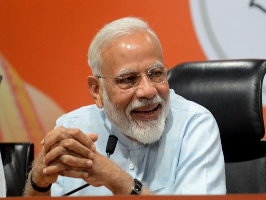 Modi congratulates Fadnavis, Ajit Pawar