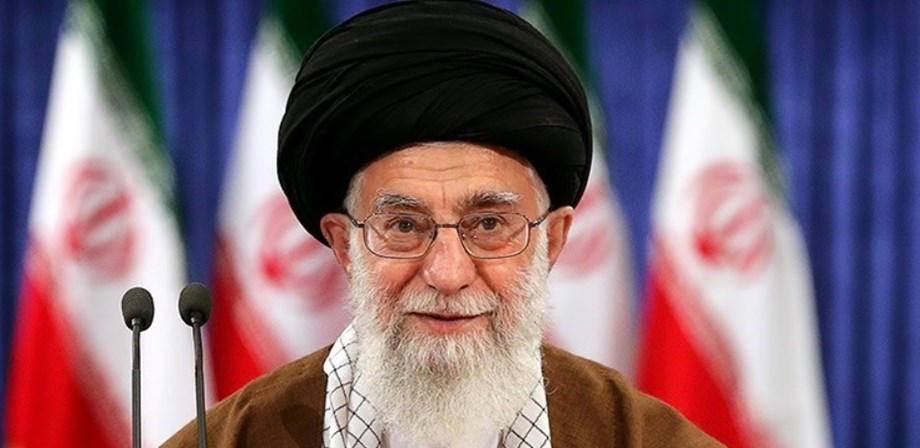 UPDATE 5-Iran's Khamenei stands by Guards after unrest over downed plane