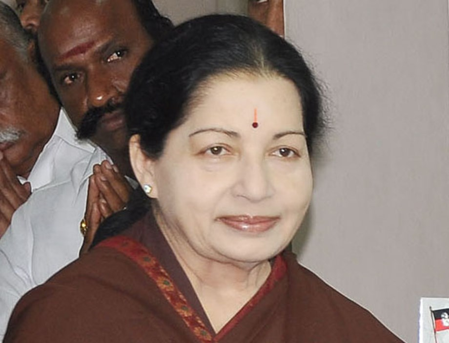 Jayalalithaa before death had mood fluctuations, wanted to left alone: Doctor