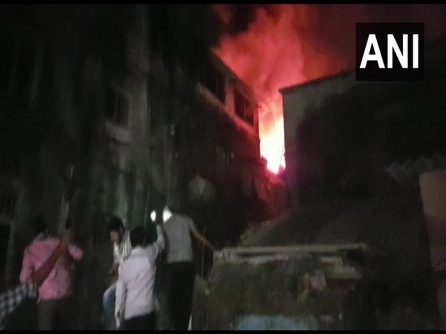 Fire breaks out at building in Mumbai's Kurla West