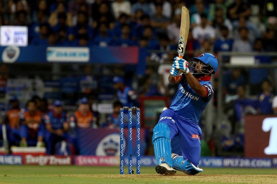 Rishabh needs to improve his throwing technique: Fielding coach Sridhar