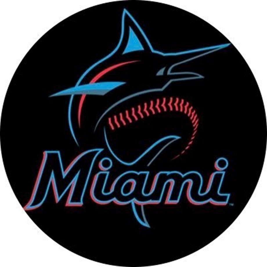 Marlins erupt for 13 runs to avoid Dodgers' sweep