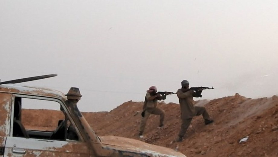 UPDATE 2-U.S.-backed Syrian force: Islamic State in its 'final moments'