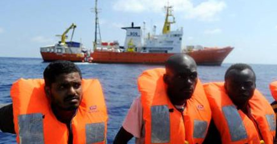 Refugee rescue ship Aquarius ends operations, blames harassment from countries