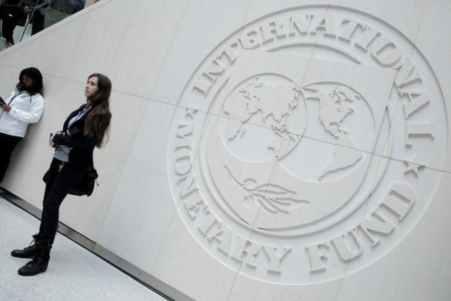 Pakistan exploring alternatives other than IMF bailout to tackle economic crisis