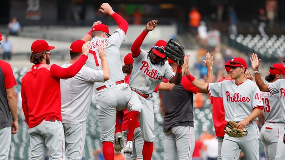 MLB roundup: Harper's slam caps Phils' stunning rally over Cubs