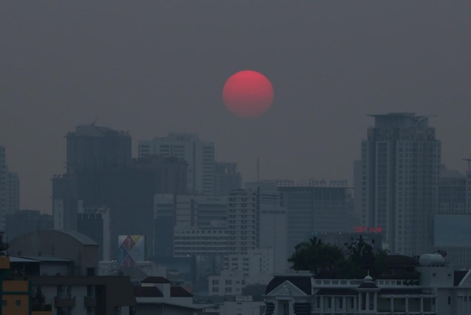 Pollution impacts your life expectancy more than AIDS, smoking, terrorism