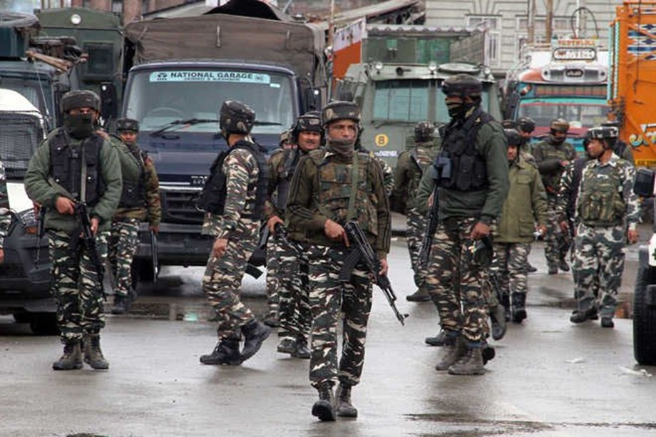 J&K: 1 killed, 2 injured in militant attack on CRPF camp in Pulwama district