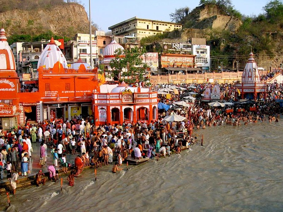 Nitin Gadkari expects 70-80 pct of Ganga to be cleaned by March