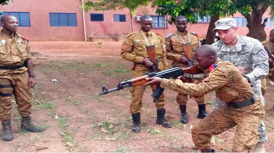 UPDATE 1-Militants kill 36 civilians in Burkina Faso market attack