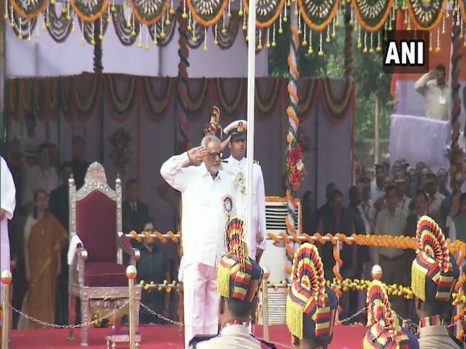 Odisha: Governor Ganeshi Lal hoists tricolour on Republic Day