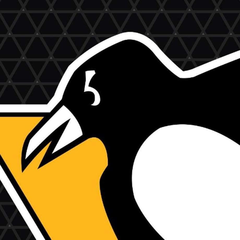Zucker's first 2 Penguins goals lead to win over Habs