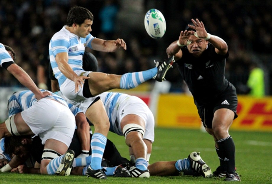 Rugby-Argentina lose scrumhalf Cubelli for remainder of World Cup