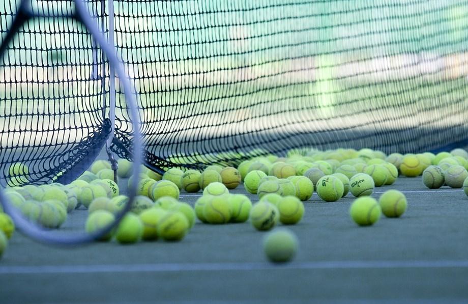 Tennis: Zverev beats Tiafoe in Paris Bercy's, advances to round 16