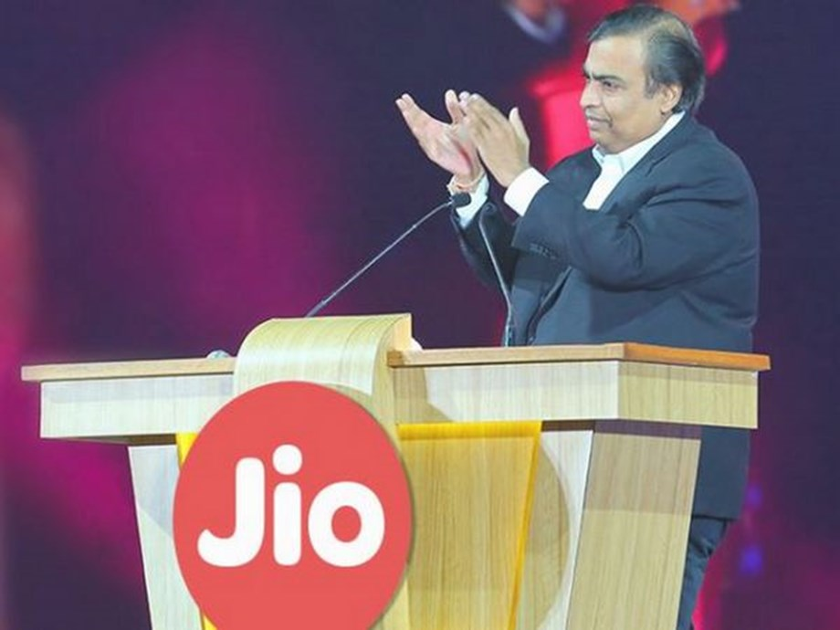 Reliance Jio net profit jumps 62.5% to Rs 1,350 cr in Dec qtr