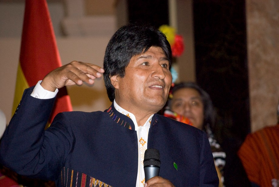 UPDATE 13-Bolivia's Morales resigns after protests over disputed October vote