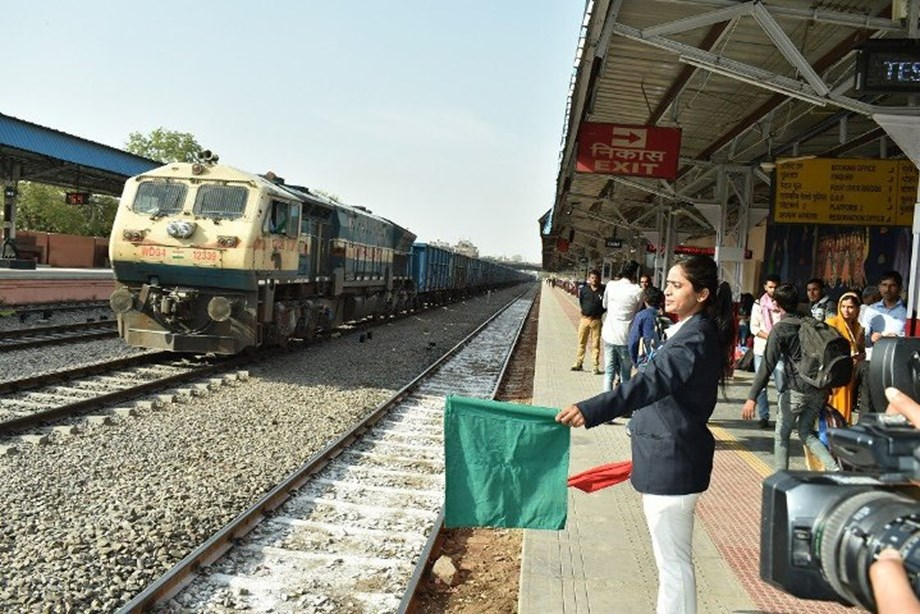 Indian Railways plan to ensure transparency, efficiency in catering services