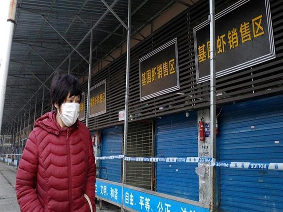 Malaysia bans travellers from virus-affected area in China