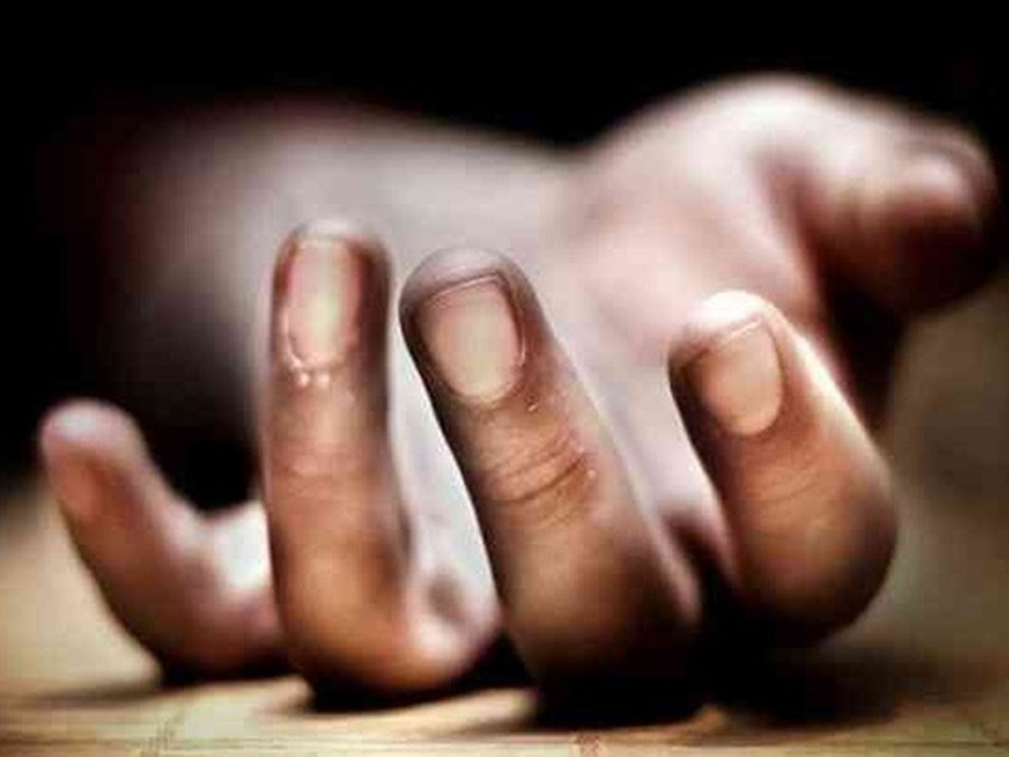 Woman dies after being found unconscious with man in UP hotel, police suspect suicide