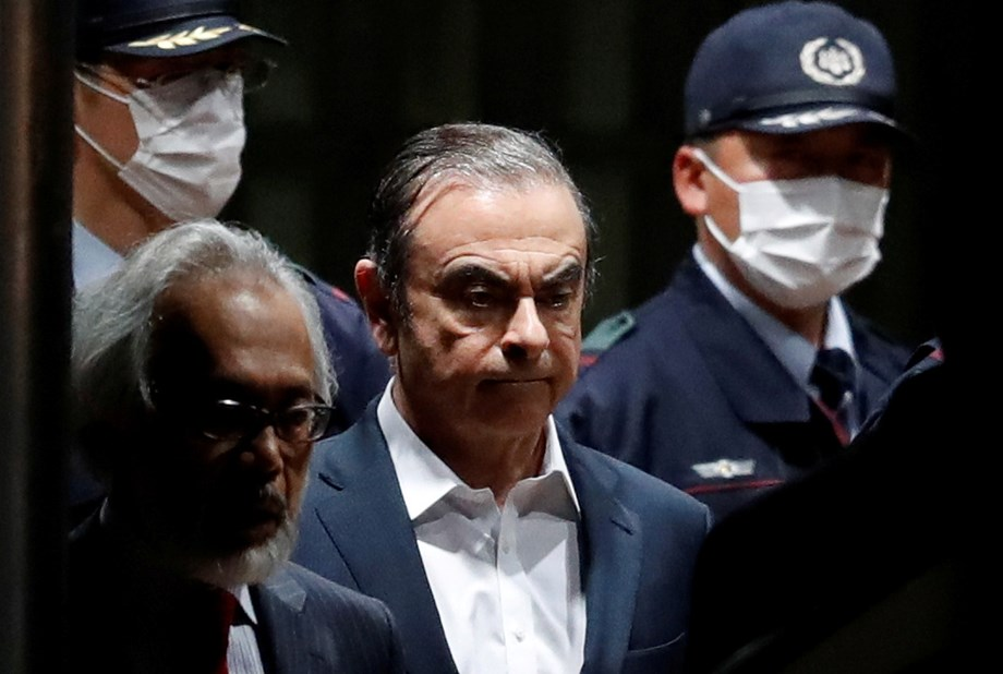 UPDATE 1-Ghosn fled Japan after security firm hired by Nissan stopped surveillance-sources