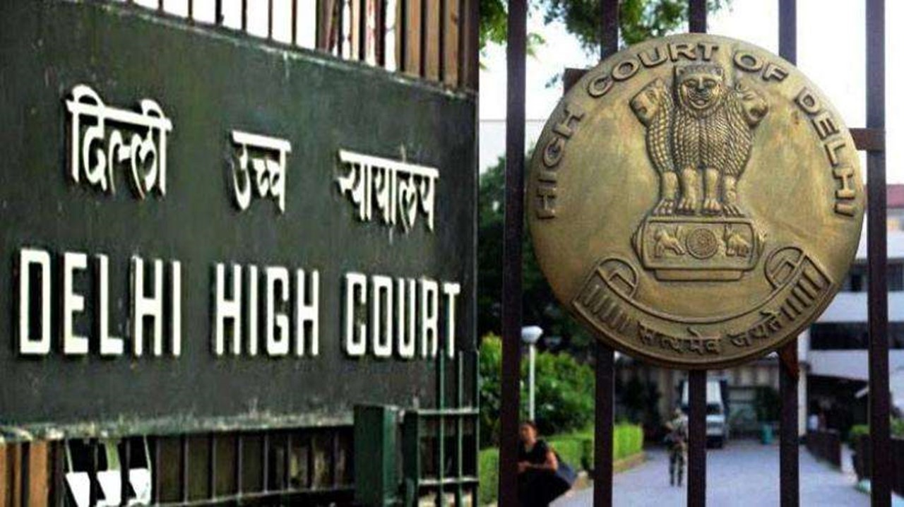 CBI officer moves Delhi HC against Asthana's plea seeking FIR rejection