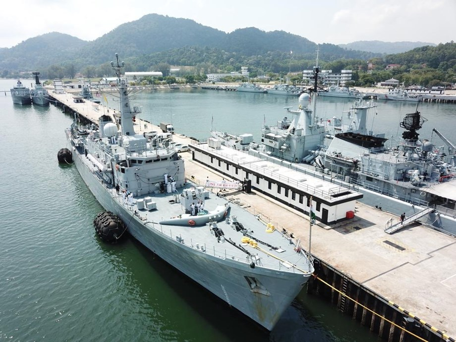 Cochin Shipyard signs phase-III contract with Indian Navy