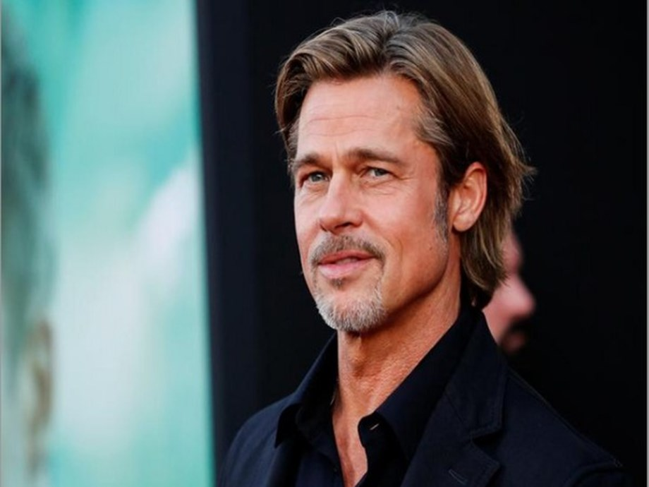 Brad Pitt spends time with Alia Shawkat, source says 'they are friends'