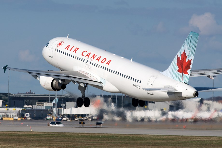 Air Canada urged to resolve system woes ahead of holiday travel - transport minister