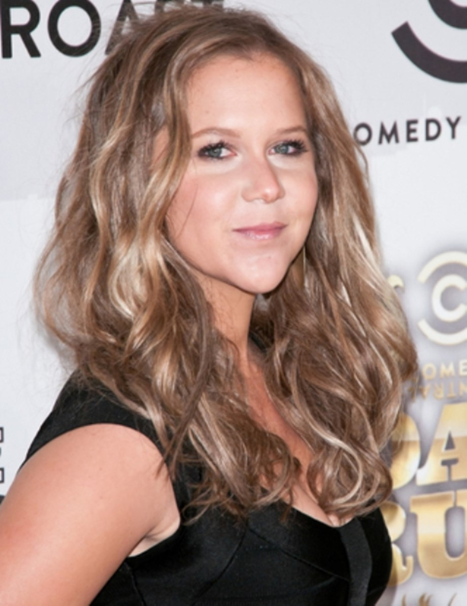 Amy Schumer does not like to get her shoes clicked by paparazzi