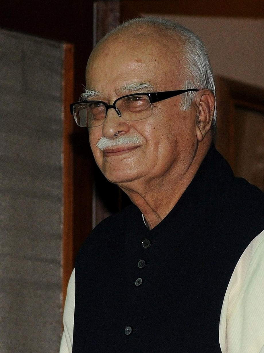 LK Advani remembers George Fernandes as a fearless, forthright and forceful leader