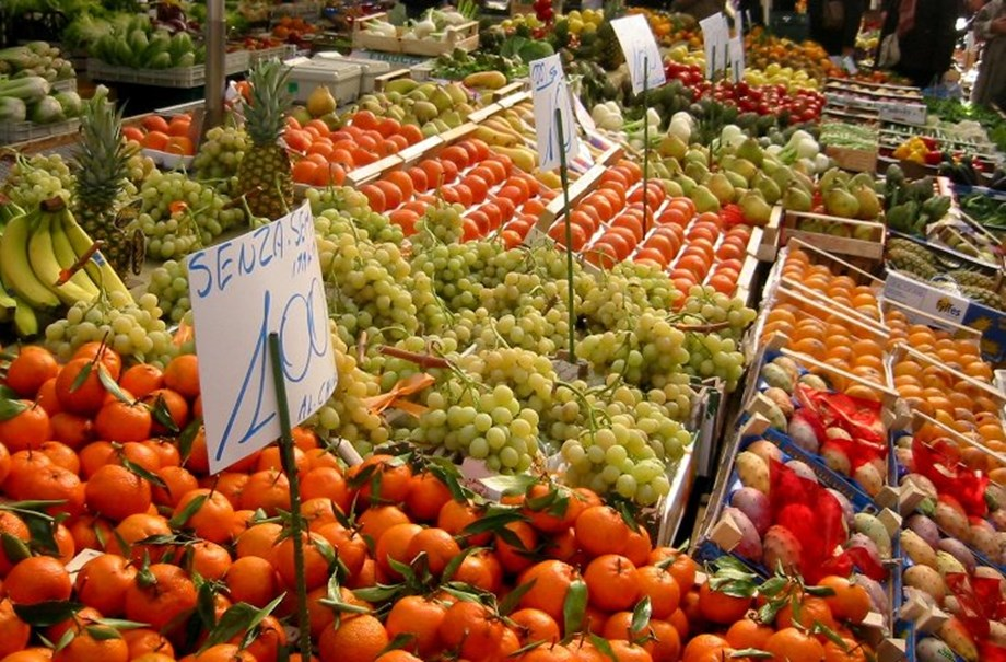 Cooler weather brings cheaper winter vegetables: consumer prices manager