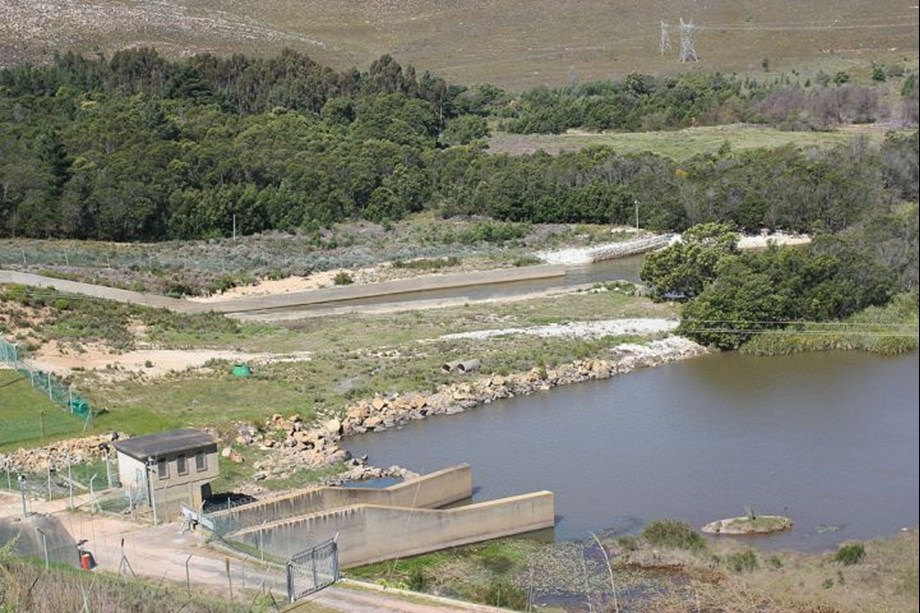 Department says dam levels continue to drop, calls on consumers to save water
