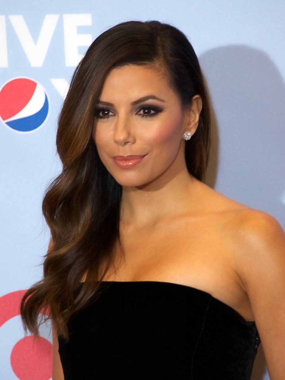 Latino celebrities in U.S. issue plea to 'speak out loudly against hate'
