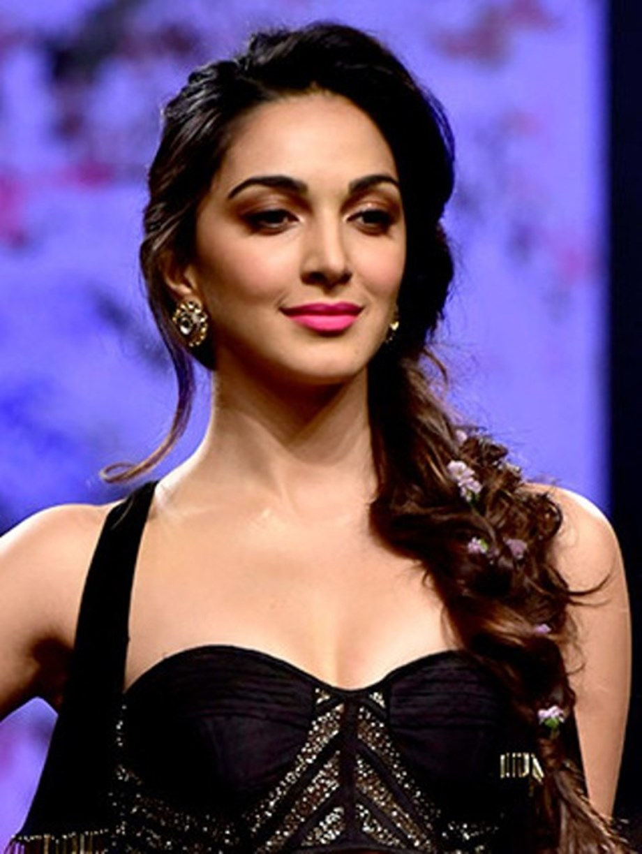 Amit Aggarwal Opens India Couture Week 2019 Kiara Advani Turns His Muse Entertainment
