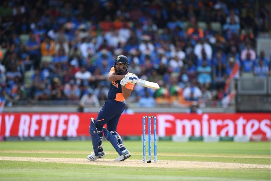 Cricket-Rohit's batting on a different planet, says Rahul