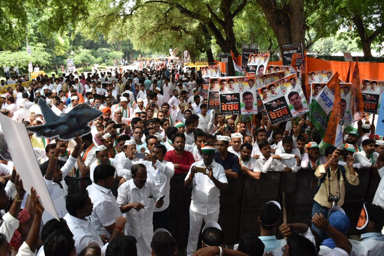 Bharat Bandh: Congress workers hold protest in Punjab and Haryana