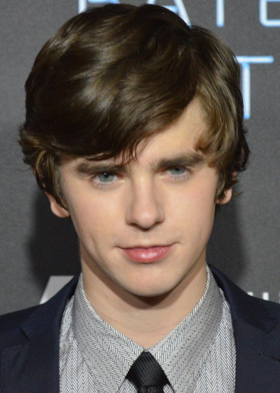 Freddie Highmore penning 'Homesick' for TBS