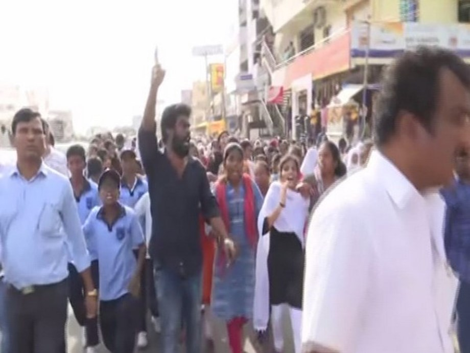 Government school students protest over rape, murder of woman veterinary doctor in Hyderabad