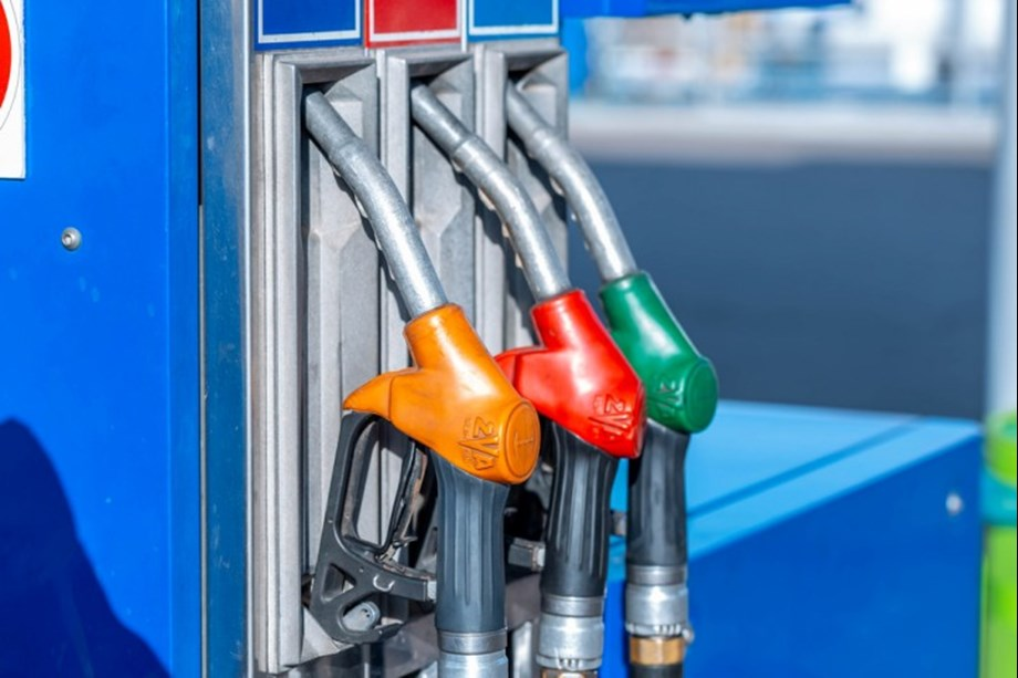 Portuguese fuel drivers strike, government imposes rationing