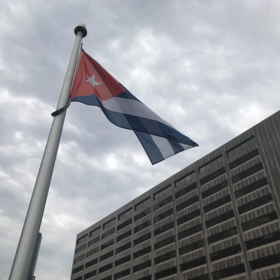 Cuban govt eases new rules on private sector after strong criticism