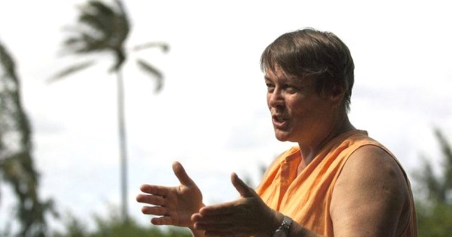 Super coral reef scientist Ruth Gates dies of cancer in Hawaii