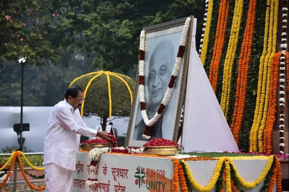 President, VP, other dignitaries pay tributes to Sardar Vallabhbhai Patel